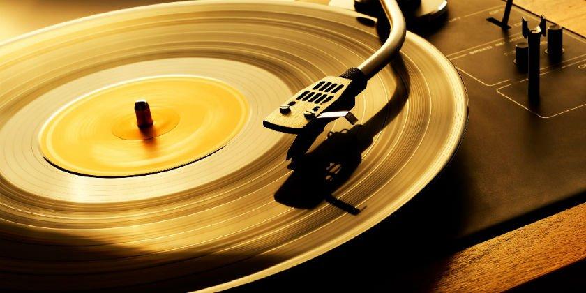 ¿Realmente se escucha mejor la música en un disco de vinilo?