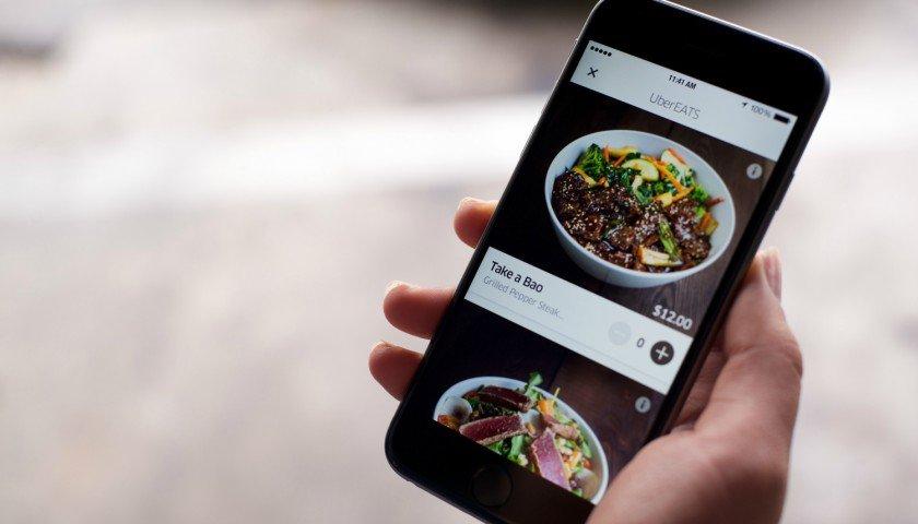 con-un-emoji-podras-hacer-pedidos-en-uber-eats-te-decimos-como