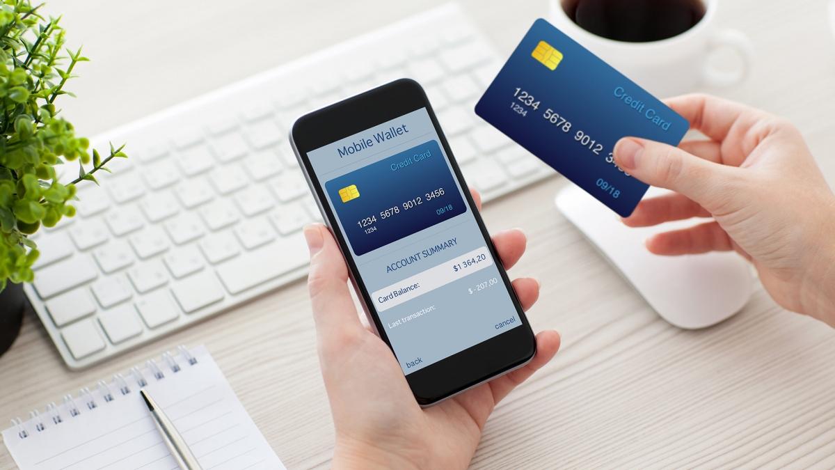 los-bancos-tendran-acceso-a-la-geolocalizacion-de-tu-telefono-si-quieres-seguir-utilizando-la-banca-en-linea