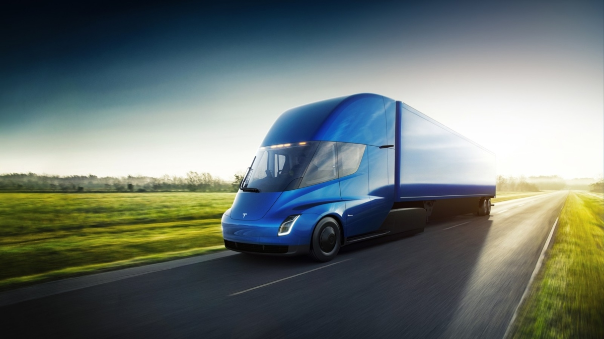 Un camión eléctrico de Tesla anduvo por las carreteras públicas ¿sin conductor?. Noticias en tiempo real