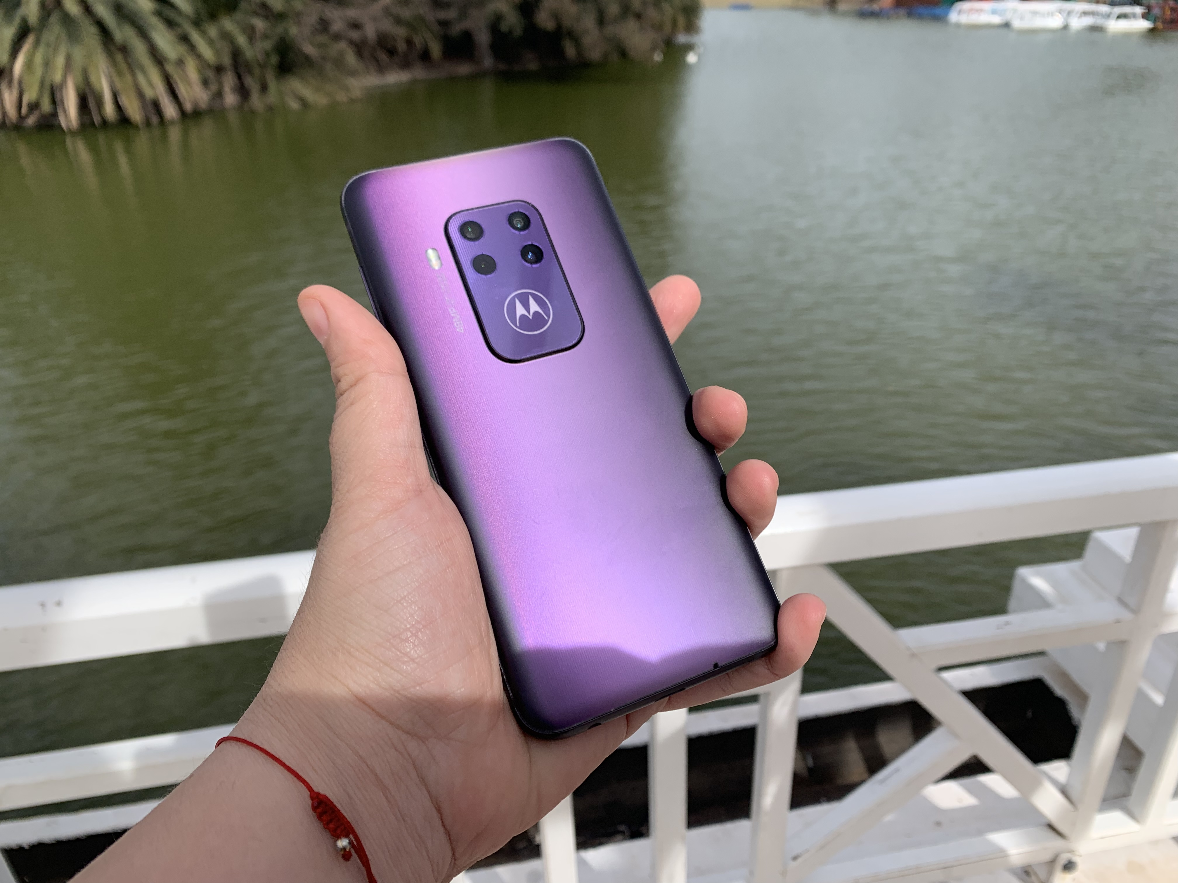 MotorolaOne Zoom: el gama media con cuádruple cámara trasera. Noticias en tiempo real