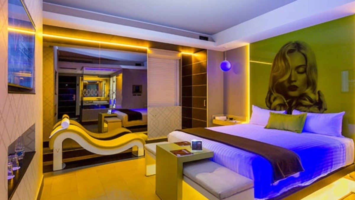 busca-hoteles-bonitos-y-baratos-para-romancear-con-esta-app