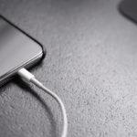 asi-respondieron-samsung-y-xiaomi-a-los-nuevos-iphone-sin-cargador