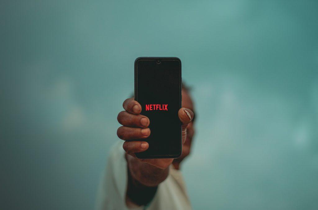 netflix-lanza-un-plan-gratuito-y-sin-publicidad-en-android