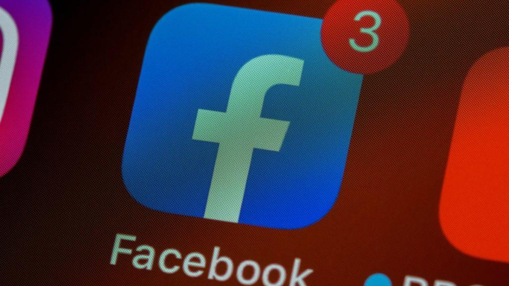 videos-al-estilo-de-tiktok-llegan-a-facebook-entre-copia-y-copia-la-verdad-se-asoma