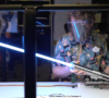 video-disney-muestra-su-arsenal-tecnologico-desde-su-sable-laser-hasta-los-robots-de-sus-parques