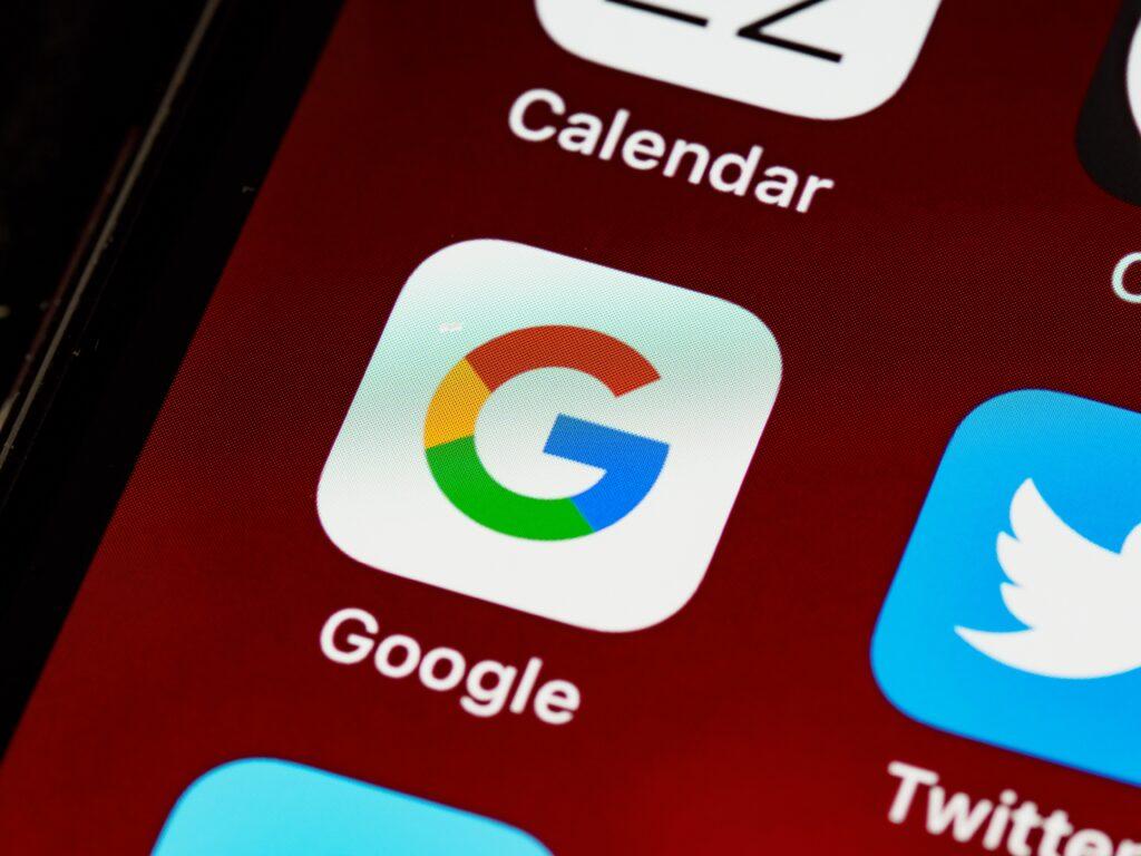 amargo-cumpleanos-google-enfrenta-multa-por-100-mil-millones-de-pesos